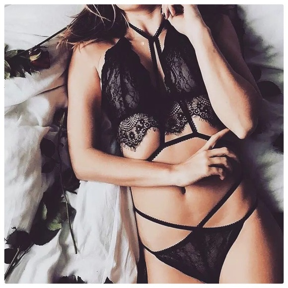 3548c5f391 strappy Black lace Bralette